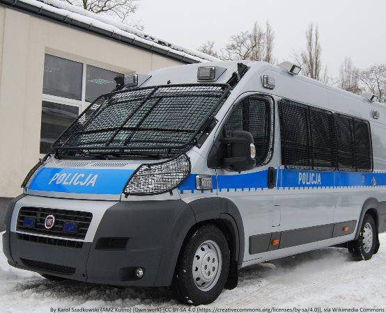 Policja Ostrołęka: Podpisanie porozumienia dotyczącego wzajemnej współpracy na rzecz uczniów Zespołu Szkół Zawodowych nr 3 w Ostrołęce